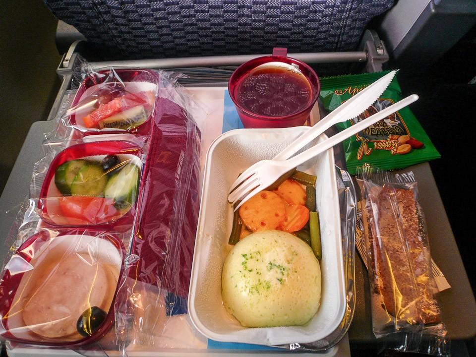 Пища, алкоголь в самолете